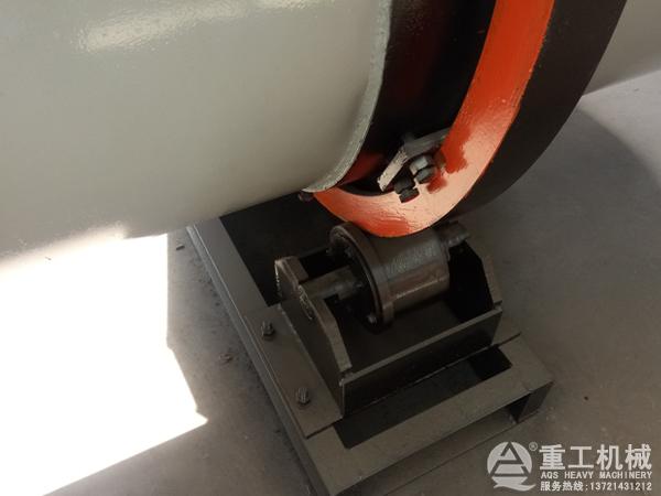 烘干机拖轮底座
