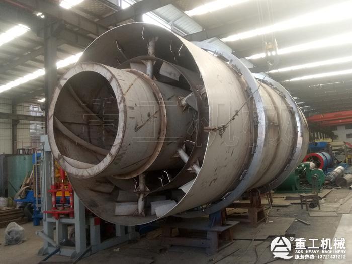 3×7米304不锈钢烘干机生产中